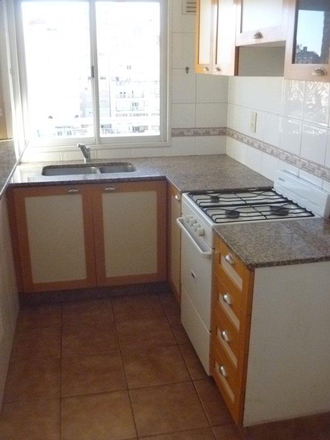 Lb inmuebles departamento 1 dormitorio montevideo 900 for Cocinas montevideo